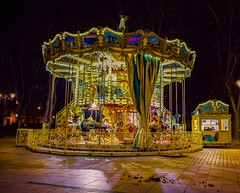 6/365 (lorenabak) Tags: caroussel tiovivo night colours nocturna nocturn light lights