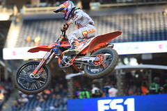 "San Diego SX 2017 • <a style=""font-size:0.8em;"" href=""http://www.flickr.com/photos/89136799@N03/32310035726/"" target=""_blank"">View on Flickr</a>"