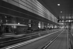 HIA Moving Side Walk Feb-10-17 (Bader Otaby) Tags: airport walkway teerminal hia hamad ionternational doha doh photographynikon v1