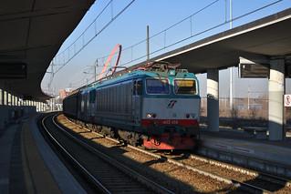 E652.050 + D445.018 di Mercitalia Rail TRA 50921 Torino Orbassano F.A. - Villanova in sosta a Torino Lingotto