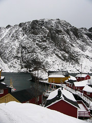 port (filipeb) Tags: norway port lumix islands village lofoten redhouses yellowhouses panasoniclumixfz1 filipebrando 230countriesnorway arquipelago pitchedroofs