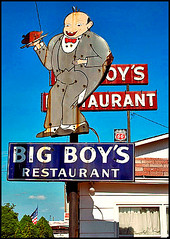 Big Boy Sign (FotoEdge) Tags: auto road old blue 1920s summer signs clouds advertising 1930s interesting rust remember shadows bright smiles restaurants sunny historic nostalgia 1940s forgotten missouri 1950s service roadside bigboys smalltowns hotweather midwesttowns