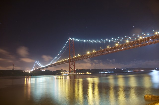 Ponte Sobre o Tejo by Night