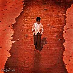 Boy in The River (DELPHINES) Tags: boy india river varanasi tlpoedeleted favview5 pierpolwords