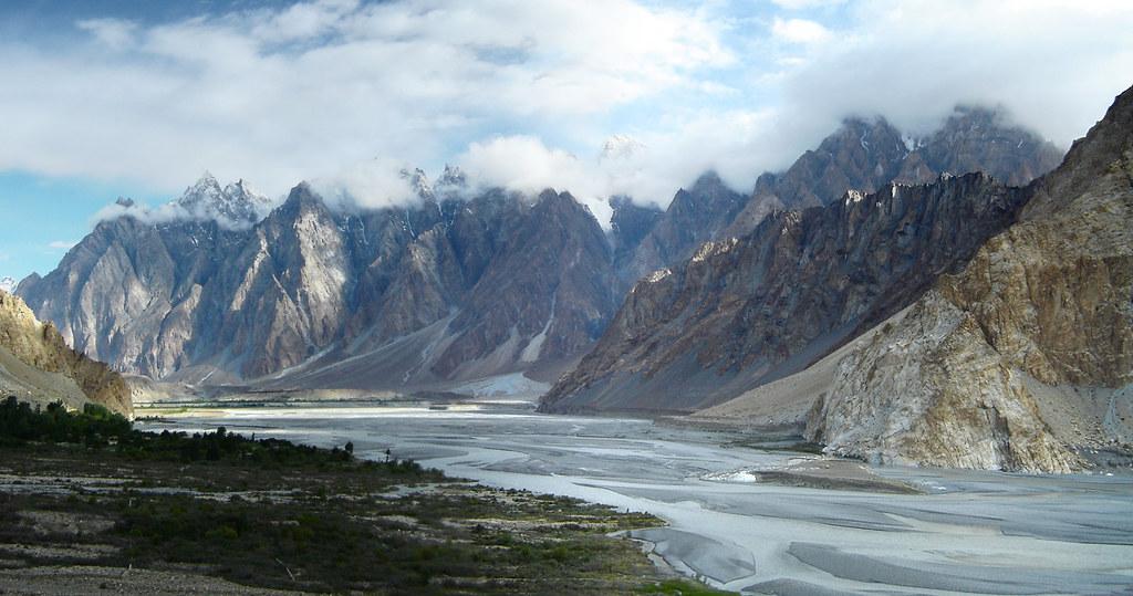 170325298 ba5681eb91 b - Stunning Beauty Of Hunza Valley Pakistan