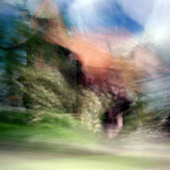 Kargyraa (nicolai_g) Tags: house color building film square blurry moo poughkeepsie 40mm spacetime woopwoop
