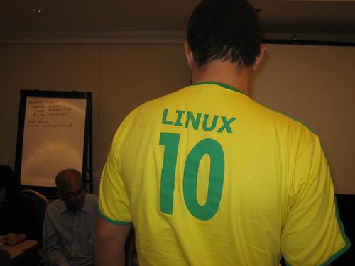 GNU/Linux + Brasil Jersey (back)