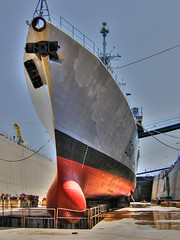 dpx au bassin 016 (olive le basque_64) Tags: marine ship navy hull bassin vauban nationale coque dupleix toulon photomatix marinenationale platinumphoto