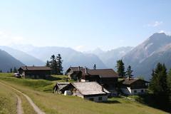 Falein (Alp above Filisur) (stefanrechsteiner) Tags: mountains sunrise heidi schweiz switzerland suisse svizzra valley albula rhb graubünden grisons filisur muchetta tinzenhorn bühlenhorn pizela falein