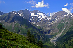 Blickpunkt mit Bergluft (Thomas Bindreiter) Tags: summer mountain alps nature berg landscape austria sommer natur summertime alpen gletscher landschaft bergfeuer hochalpenstrasse groglockner