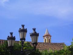farolas y torre. Estepona. Málaga. (-Merce-) Tags: españa church lamp landscape geotagged spain farola iglesia paisaje andalucia malaga estepona parroquia geo:tilt=0 geo:lat=3642574234682411 geo:lon=5145482192038096 mmbmrs