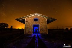 EDI_06 (Fuga de Nubes) Tags: nikon tamron maglite yongnuo fotografianocturna largaexposición estrellas siluetas paisajes landscapes abandonos murchante estaesnavarra