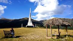 Pampa de Quinua - Ayacucho (jimmynilton) Tags: peru de obelisco ayacucho pampa choza quinua bnadera