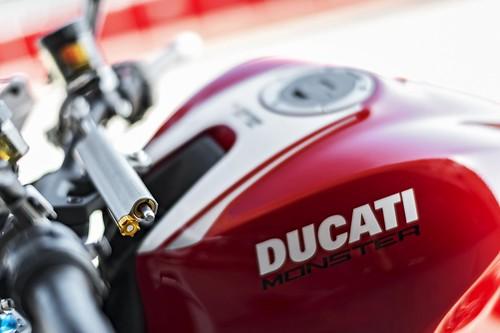 Ducati Monster 1200R