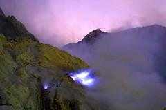 Blue Fire (iqronaldo) Tags: blue fire mt acid crater gunung sulfur api biru ijen kawah banyuwangi belerang