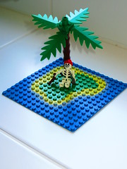 Marooned on a Very Small Deserted Tropical Island... (RS 1990) Tags: tree skeleton island lego pirates tropical simple stranded vignette deserted confined moc baseplate
