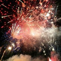 Il cielo della festa del patrono di Aspra 2015-11-24 (Mattia il viandante) Tags: light sky color night fire firework sicily aspra