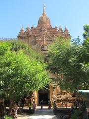 "Old Bagan: le temple Htilominlo <a style=""margin-left:10px; font-size:0.8em;"" href=""http://www.flickr.com/photos/127723101@N04/23253879666/"" target=""_blank"">@flickr</a>"