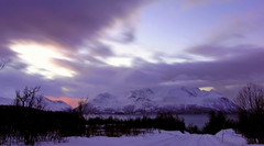 "when the ""sun sets"" in the high North (lunaryuna) Tags: longexposure winter mountains norway season landscape dusk availablelight le fjord lunaryuna northernnorway ullsfjorden tromsfylke arcticregion thecolourofcold seasonalwonders winterabovethearcticcircle"
