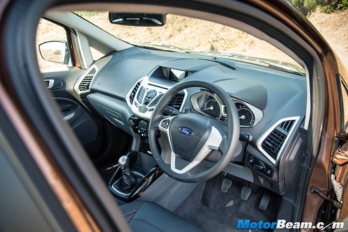 2016-Ford-EcoSport-06