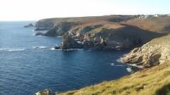 Sentier côtier entre Feunten Aod et Bestrée - Plogoff - Finistère- Bretagne - Hiver 2017 (jeanyvesriou1) Tags: falaises cliffs rochers rocks granit granite littoral seaside côte coastline lecapsizun sentier côtier footpath plogoff