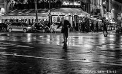 paris... (andrealinss) Tags: frankreich france paris parisstreet andrealinss schwarzweiss street streetphotography streetfotografie bw blackandwhite