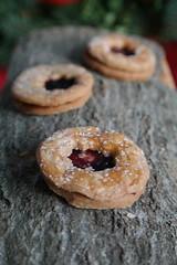 Cookies for Christmas (framantel) Tags: macromondays redux2016myfavoritethemeoftheyear cookie christmas wood