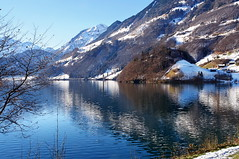 Lungernsee (welenna) Tags: alpen alps switzerland schwitzerland swiss see lungernsee lake landscape light licht view berge blue mountains mountain water wasserspiegel winter wasser relief reflection reflexion