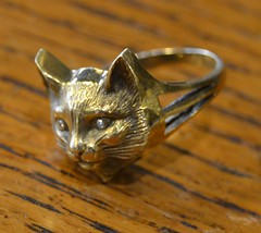 "GOLD CAT RING • <a style=""font-size:0.8em;"" href=""http://www.flickr.com/photos/51721355@N02/21872767505/"" target=""_blank"">View on Flickr</a>"