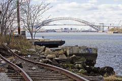 r_151123229_skelsisl_a (Mitch Waxman) Tags: newyorkcity newyork ship cargo statenisland newyorkharbor bayonnebridge killvankull johnskelson