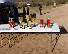 065 Trophies On Display (saschmitz_earthlink_net) Tags: 2017 california orienteering vasquezrocks aguadulce losangelescounty laoc losangelesorienteeringclub