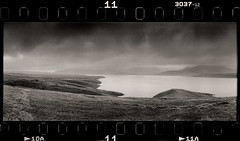 Spandarian (tsiklonaut) Tags: lake reservuaar water mountains mäed armenian landscape wide fog coudy dramatic rainy horizon 202 panorama panoramic panoraam 135 35mm film analog analogue analogica analoog roll agfa apx 400 ethol ufg black white negro y blanco mustvalge mono monochrome drum scan drumscan scanner pmt photomultipliertube travel discover experience spandarian reservoir armeenia armenia