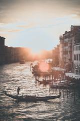 Canal Grande (alexanderkoch) Tags: venedig venice venezia canal canalgrande rialto italy italia italien wasser water sea meer sun sonne sonnenuntergang sunset gondola