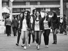 I do crew (L Urquiza) Tags: girls idocrew mexico coyoacán street city ciudad portrait