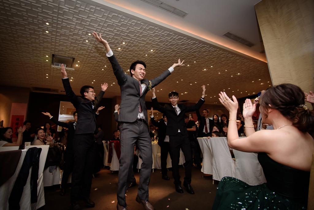 wedding day,婚攝小勇,台北婚攝,晶華,台北國賓,台北國賓婚宴 ,愛瑞思,Miko,新秘,-091