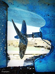 Old boat (nathaliedunaigre) Tags: ocean blue mer detail texture screw see boat bleu maritime bateau hlice dtails matire