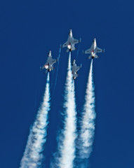 2015 Best JSOH Pictures (1) (maskirovka77) Tags: andrews f16 f22 thunderbirds airforce warbirds picks warbird stunts aerobatics afb airforcebase jsoh jointserviceopenhouse