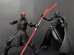Darth Vader vs Darth Maul (Matheus RFM) Tags: starwars darthvader darthmaul bandai kaiyodo revoltech shfiguarts