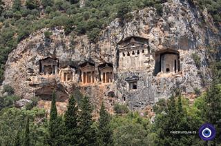 DALYAN-TUMBAS-viajes-turquia