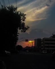 O horário mudou, mas, o pôr do sol continua espetacular! #sunset #sundown #landscape #amazing #awesome #pordosol #fimdetarde #goiania #goias #iphonepicture #sun #sky #bluesky #cloud #goiaslindodemais #lightroom (vitfera) Tags: sunset pordosol sky cloud sun sol landscape amazing sundown awesome bluesky céu lightroom entardecer fimdetarde goiania goias iphonepicture goiaslindodemais