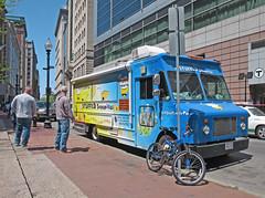 BostonStuffedSopapillas (fotosqrrl) Tags: urban boston massachusetts streetphotography pastry washingtonstreet foodtruck boylstonstreet sopaipilla
