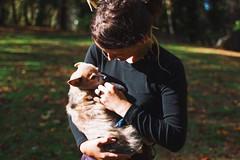 Vka and Sage (Jake Arciniega) Tags: park portrait dog chihuahua oregon canon portland happy bokeh 7d pomeranian oregoncity pomchi 28mm18 canon7d