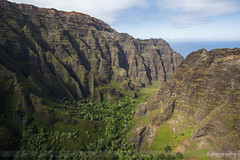 Kauai (sathellite) Tags: ocean hawaii pier pacific sunsets kauai waimea hanalei hanaleibay hawaiisunset sathellite shishirsathe