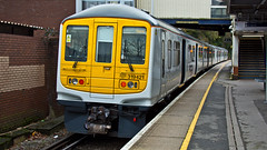 319421 (JOHN BRACE) Tags: york white station 1987 class emu seen built sevenoaks thameslink livery 319 brel 319421