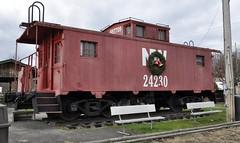 Coeburn, Virginia (4 of 6) (Bob McGilvray Jr.) Tags: park railroad red public train virginia nw display steel tracks caboose va cupola norfolkwestern nickelplateroad nkp coeburn justinscaboose