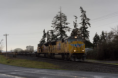 Bare table train (Tom Trent) Tags: sd70ace sd70m emd diesel locomotive rail freight baretable up unionpacific lanecounty junctioncity
