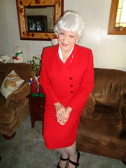 Mrs. Claus? (Laurette Victoria) Tags: silver red suit laurette milwaukee woman lady