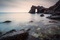 Arco del Rey (Cala Flores) (pajavi69) Tags: cabodepalos murciaarcodelreyairelibre mar agua arena ola costa nube paisaje océano orilladelmar outdoors sea water sand cloud landscape ocean seashore rocas naturaleza atardecer puestadesol nubes rocks nature sunset clouds nikon filtros 1224mm wave coast largaexposicion longeexpusure le filros