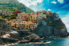 Cinque Terre (theobergeon) Tags: cloud exposure wave explore real shadow light 28 canon mountain house color love travel sun sky sea nature beautiful italy terre cinque