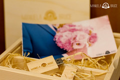 ¡SÍ QUIERO!  Esta vez mandamos nuestro pack para @antonio_meryvela.  Os deseamos todo lo mejor.   #pendrive #caja #box #regalo #present #entrega #delivery #fotografías #photographs #photography #photographer #vídeo #video #boda #wedding #ceremonia #ceremo (MANUELABRUCE STUDIOS) Tags: photographs photography entrega caja love pareja vídeo matrimonio fotografías photographer couple pendrive regalo video manuelabrucestudios girlfriend novia celebración boda marriage ceremony boyfriends amor novio novios present boyfriend ceremonia wedding box celebration delivery